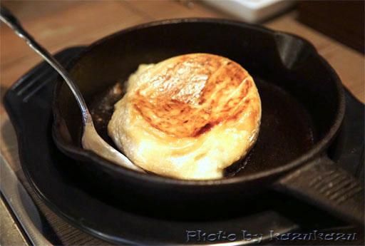 金肉(kin-niku)のカマンベールのまるごとチーズステーキ