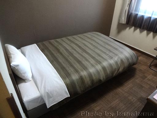岐阜県美濃加茂市のホテルルートイン美濃加茂のベッド