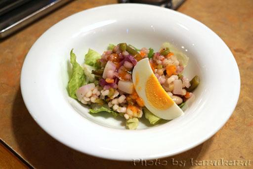 フライングガーデンの野菜サラダ