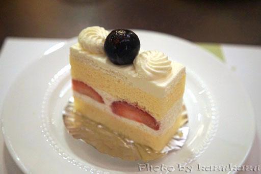千疋屋総本店の世界のフルーツ食べ放題のショートケーキ