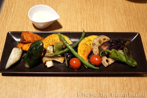 Meet Meats 5バル神保町店の焼きバーニャカウダ