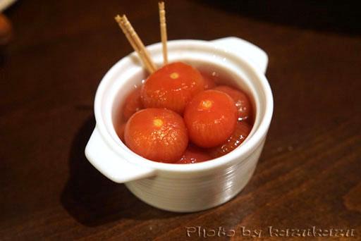 二子玉川に構えるビストロランタンのももみたいなトマト